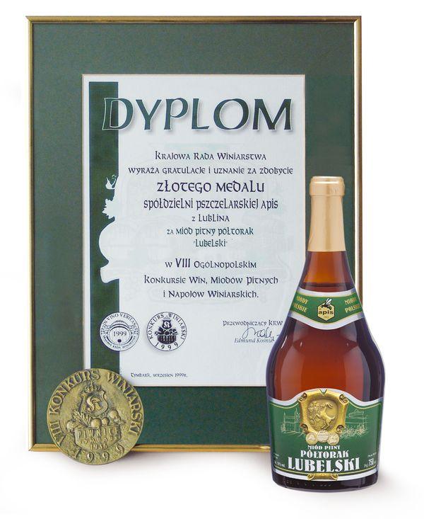 nagrody-1999-rok-zloty-medal-viii-ogolnopolski-konkurs-win-miodow-pitnych-i-napojow-winiarskich